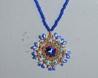 castonato pendant necklace in swarovski rivoli