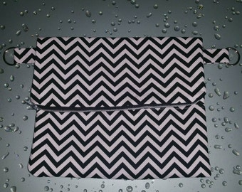 Black & White Chevron Fold-over Clutch