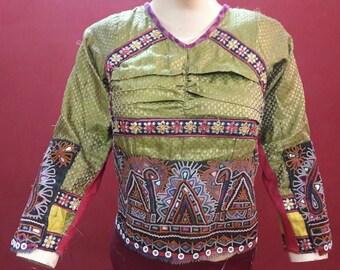 vintage kkutch Banjara Lambadi Lepo Rajasthan India Embroidered Mirror Tie Open Back Blouse Shirt Top Choli