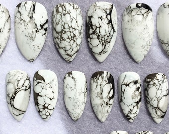 Faux Marble Nails * Fake Nails * White And Black * Marble Look * Stiletto Nails * Glue On Nails