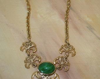 Louis Féraud necklace