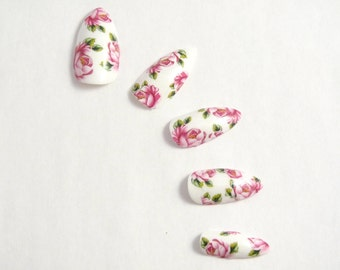 Vintage Floral Fake Stiletto nails