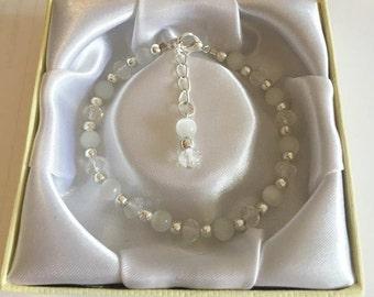 Handmade Cat's Eye Bracelet