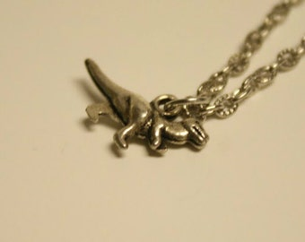 Dinosaur chain necklace