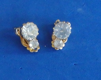 RESERVE***  Clear rhinestones, one large, one small, vintage 1950 clip earrings clearance was 9.50