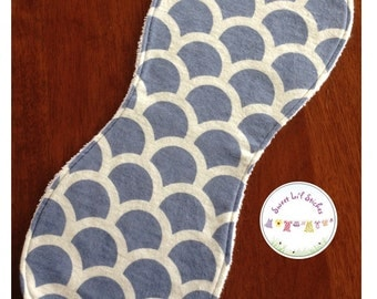 Burp Cloth - Scales in Lilac