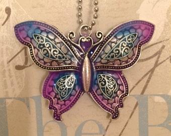 Big butterfly glow pendant