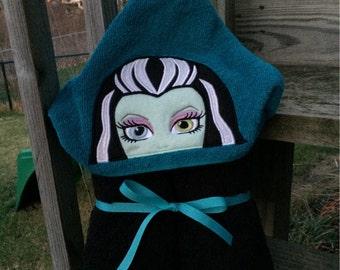 Monster school frank girl hooded towel