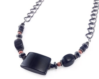 Symetrical Beaded Chain Necklace
