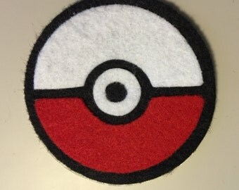 """Poke Ball iron-on patch 4"""""""