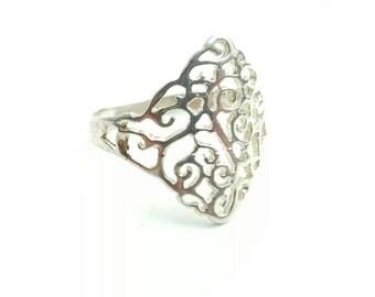 Vintage Sterling Silver Intricate Filigree Pattern Ring- Size 7.5