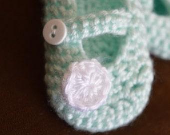 Mint Green Mary Jane Booties, Baby booties, Newborn shoes, Flower Booties, Girl shoe, Mint booties