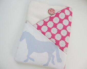 Daisy iPad case, Fabric ipad case, horse ipad air sleeve, Galaxy  pouch, iPad pro 9.7 case, daisy tablet sleeve, E reader cover, iPad pouch