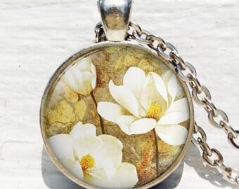 Southern Magnolia pendant, magnolia flower, magnolia jewelry magnolia necklace resin pendant, magnolia key chain