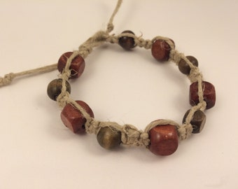 Macrame Bracelet with Wooden Beads