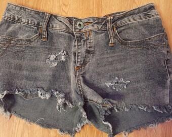 Summer hot, Booty shorts