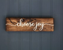 """Inspirational Sign - Choose Joy - Rustic Wood Sign  - Motivational Decor - Inspirational Quote - Farmhouse Style - Distressed - 9"""" x 2.5"""""""