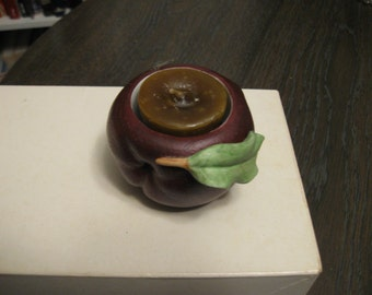 Hand-crafted Vintage Candle-holder, Apple-With-Leaf, Hand-made Maple-Scented Candle
