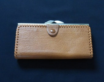 Vintage Tan Leather Purse With Stitching Detail