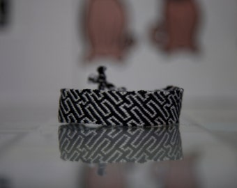 Black and White Zig Zag Friendship Bracelet