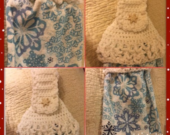 Winter snowflakes crochet top kitchen towel