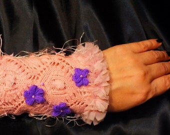"Knitted Cuff ""PinkWind"""