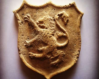 Midievil Sculpture - Rampant Lion Shield in Antique Limestone