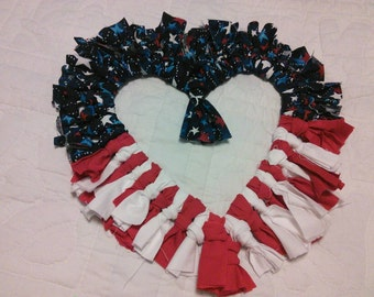 "18"" Heart Wreath"