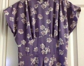 SALE PRICE reproduction 40s dress, size 10