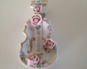 Lamore porcelain violin dish; Occupied Japan