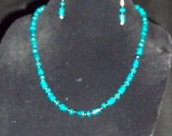 Turquoise Magnesite Necklace & Earrings