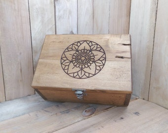 Engraved Pallet Box