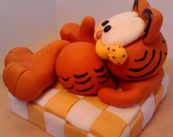 Garfield edible handmade with letters name cake toppers birthday