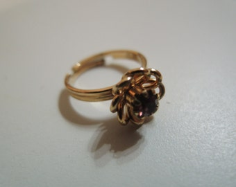 Sarah COVENTRY ring / bague (deep red floral birthstone)
