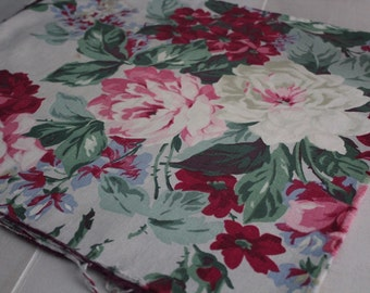 Vintage Rose Fabric Remnant / Rose Fabric / Shabby Chic / Vintage Rose