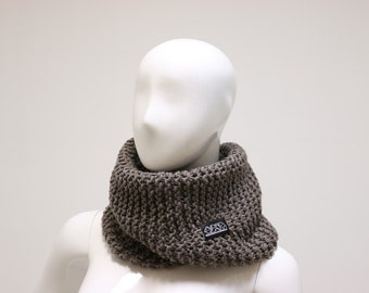 Granny Style brown scarf