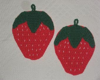 Handmade, Strawberry Potholders (set of 2), crocheted, NEW
