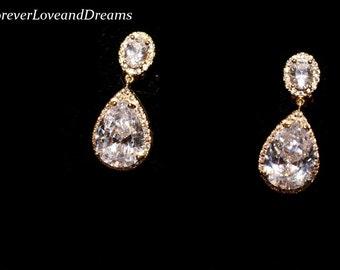 gold bridesmaids earrings, gold drop bridal earrings, gold bridal earrings, gold wedding earrings,  gold prom earrings