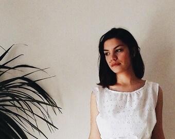 simple white dress in sangallo cotton lace