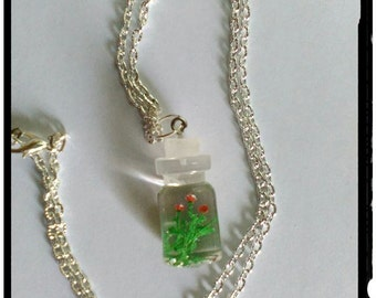 Necklace with pendant, resin, model building H0, bottle