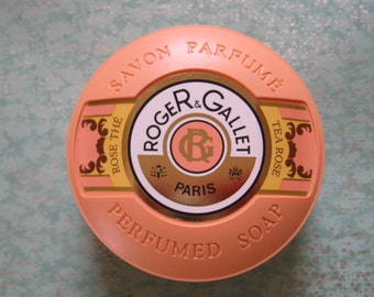 Roger & Gallet Perfumed Soap / Made in France / Tea Rose / Vintage