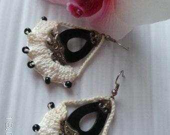 Tatted earrings in beautiful black & white contrast