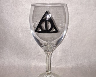 Harry Potter Deathly Hallows wine glass