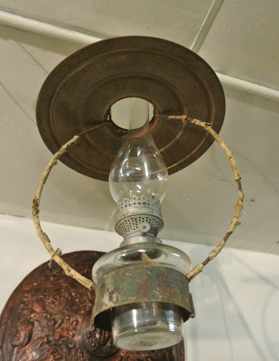 Antique Wall Hanging Oil Lamps : Vintage Hanging Oil Lamp Old Kerosene Lantern Antique Oil