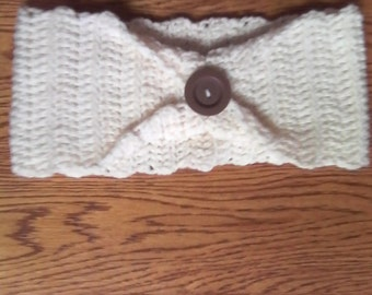 Cream headband with button
