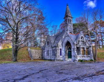 Old Chapel at Oakwood Cemetery