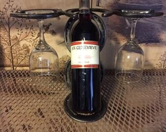 Horseshoe Leaning Bottle Wine Holder for Wine and Wine Glasses