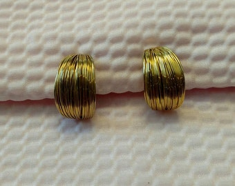 Vintage Gold Tone Les Bernard Clip Earrings
