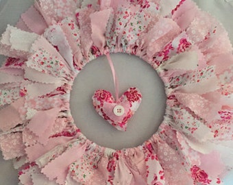 Pretty Pink and white wreath/door hanger and co-ordinating fabric heart
