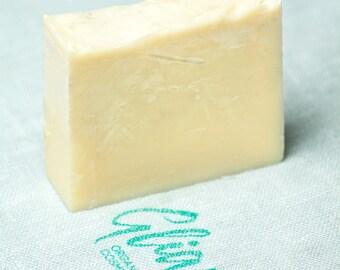 Handmade natural peppermint bar soap SLS free organic